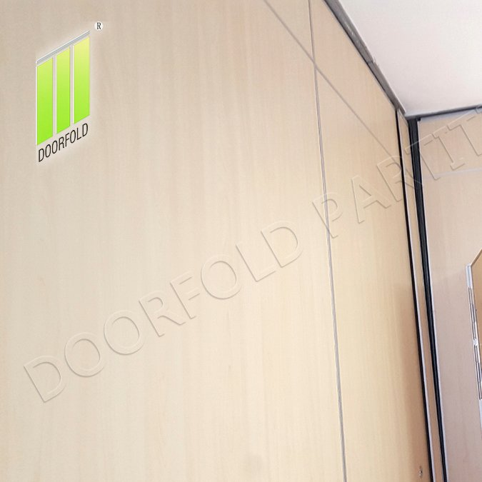 Doorfold movable partition Folding Partition Wall for Hotel (Malaysia Golden Seafood Restaurant) Folding Partition Wall for Hotel image1