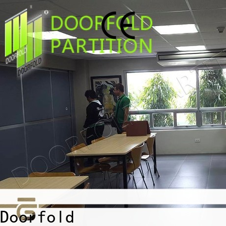 Doorfold modern partition for meeting room