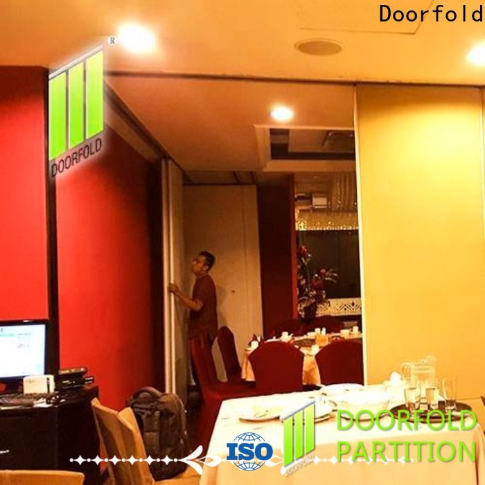 Doorfold commercial room dividers easy installation for meeting room