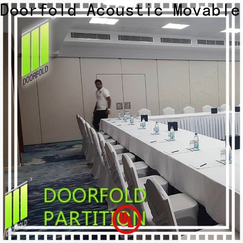 Doorfold sliding partition custom for meeting room