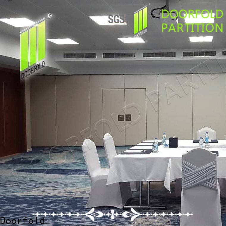 Doorfold sliding room partitions durable for office
