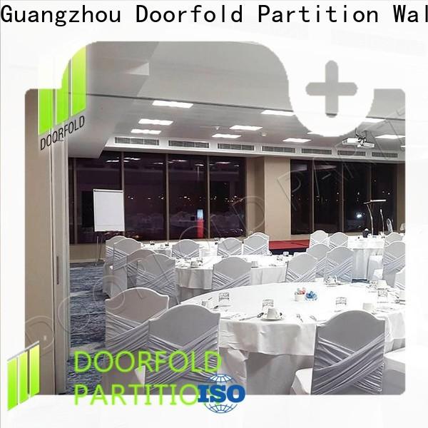 Doorfold sliding folding partition durable