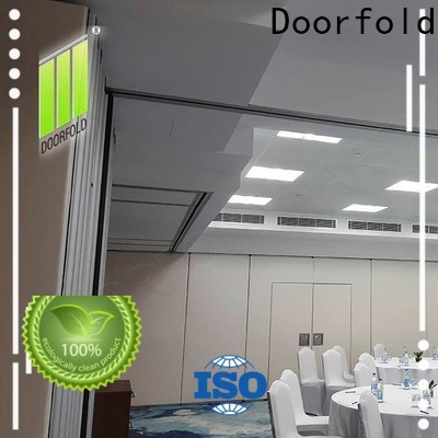 Doorfold modern partition for conference room