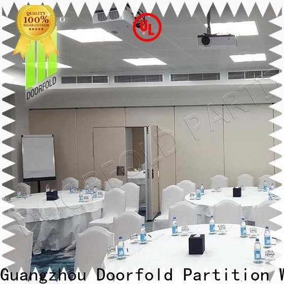 Doorfold soundproof office partitions for conference room