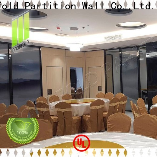 operable room partition wall restaurant