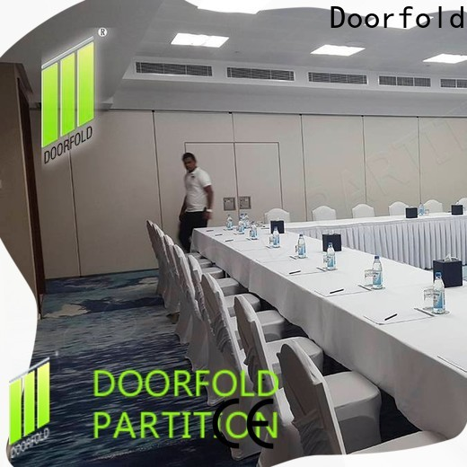 Doorfold foldable glass partition custom for conference centers
