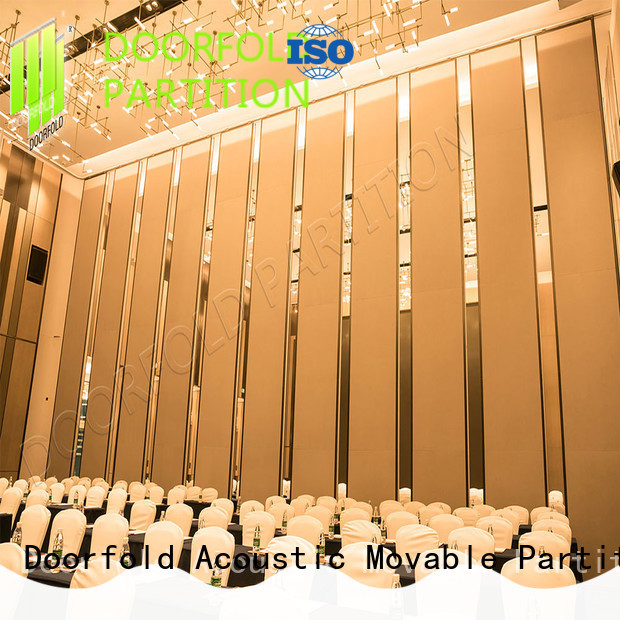 simple-structure conference room partition walls multi-functional restaurant