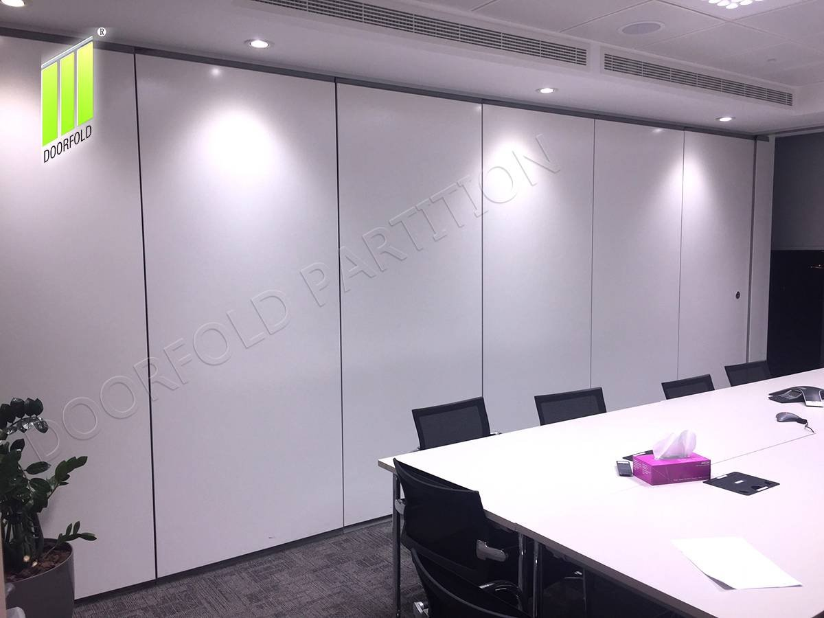 Doorfold movable partition Collapsible Acoustic Sliding Divider Partition Wall for Meeting Room image8