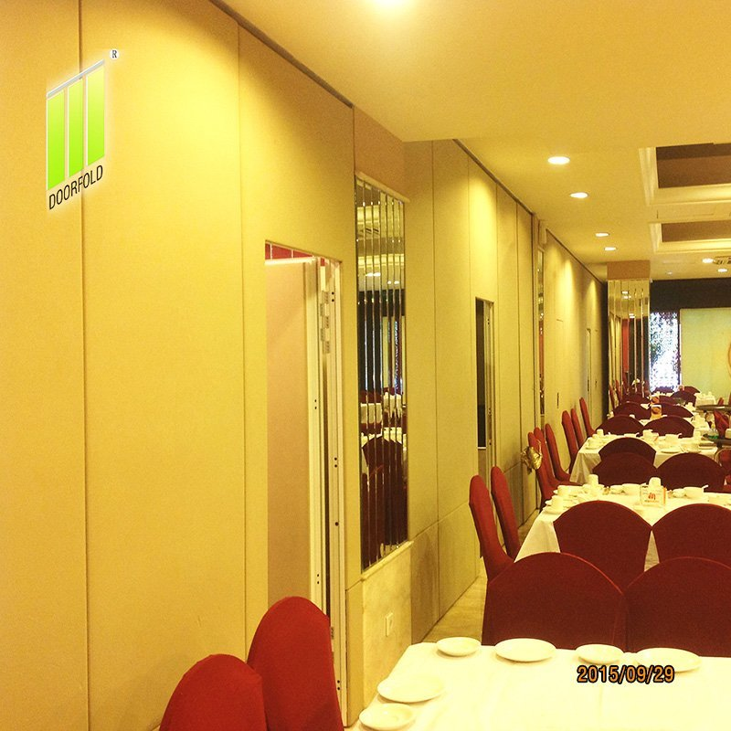 Flexible Acoustic Folding Partition Wall Divider for Restaurant