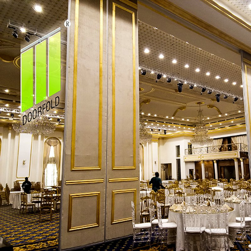 Doorfold movable partition Operable Folding Acoustic Partition Wall for Saudi Mecca Hotel Folding Partition Wall for Hotel image10