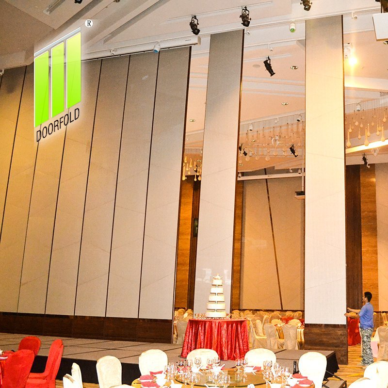 Movable Acoustic Sliding Partition Wall for Crowne Plaza Hotel