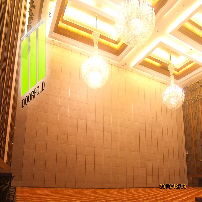 Doorfold movable partition Hotel Retractable Acoustic Sliding Divider Partition Wall Sliding Partition Wall for Hotel image12