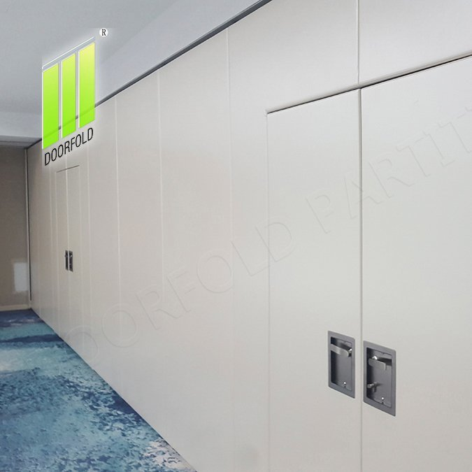 Operable Acoustic Sliding Partition Wall Divider for Office