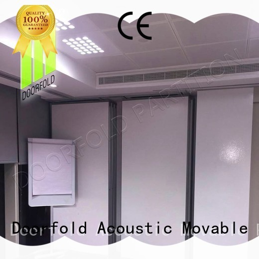 Doorfold flexible partition wall dividers for restaurant