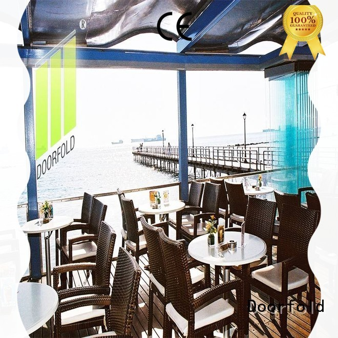 Doorfold portable partition highly-rated for restaurant