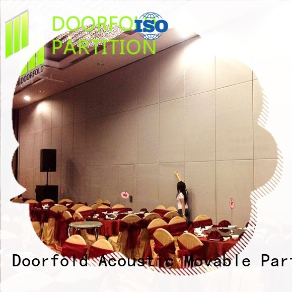 Doorfold movable partition Brand hot selling college folding sliding folding partition