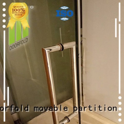 Doorfold movable partition Brand sallelipa meeting golden glass supplier in omanmovable partition in oman
