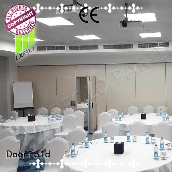 Doorfold soundproof partition wall for conference room