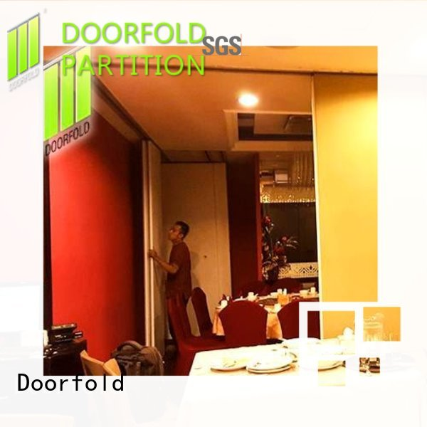 Doorfold top selling commercial room dividers customization for restaurant