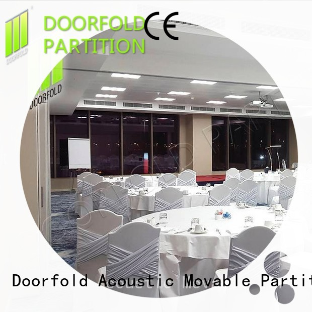 Doorfold sliding folding partition durable for meeting room
