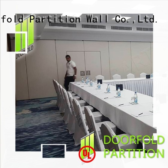 Doorfold acoustic sliding partition modern design for restaurant