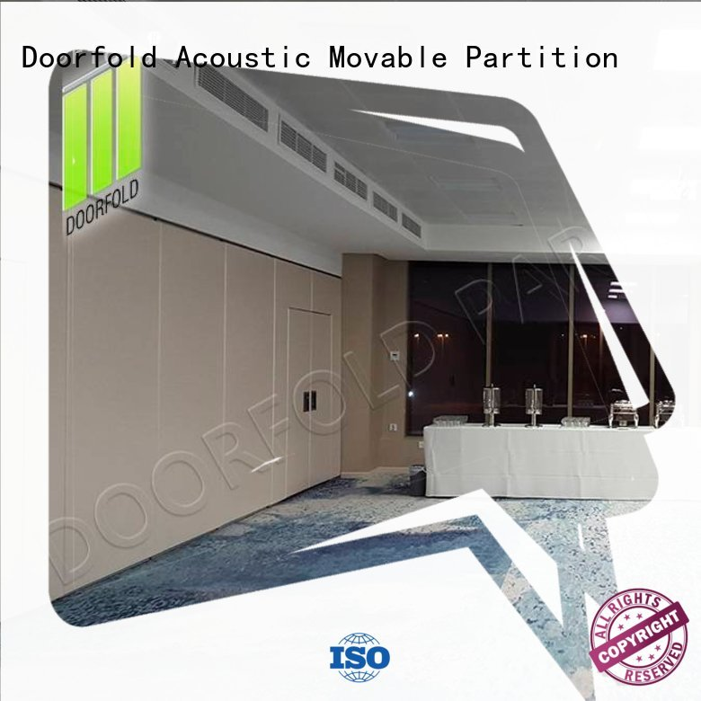 Doorfold retractable sliding folding partition simple structure for conference
