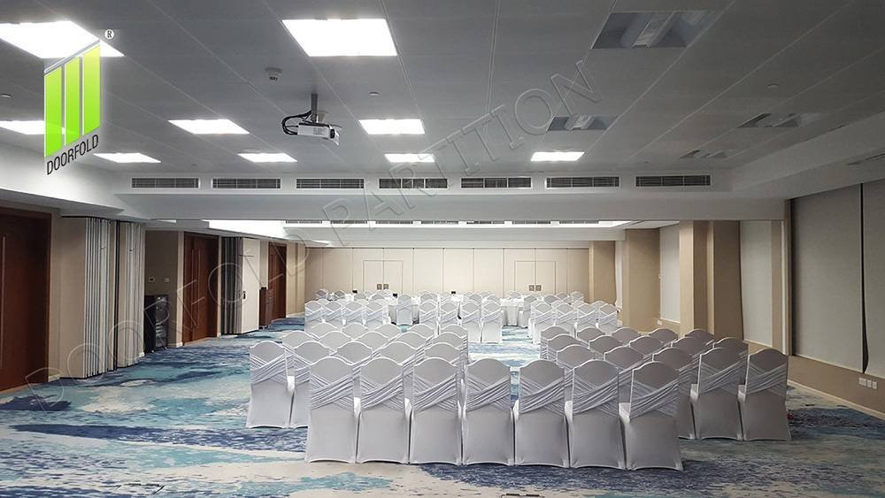 WYNDHAM GRAND CONFERENCE ROOM