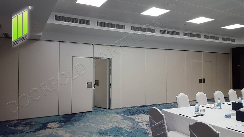 Doorfold movable partition Folding Partition Wall for Hotel image1