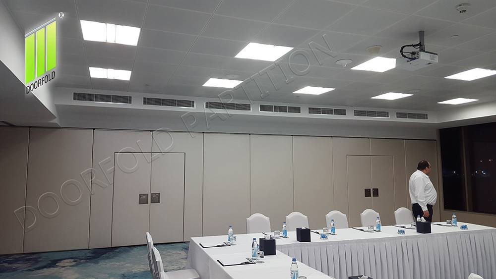 Doorfold movable partition Folding Partition Wall for Commercial Room image17
